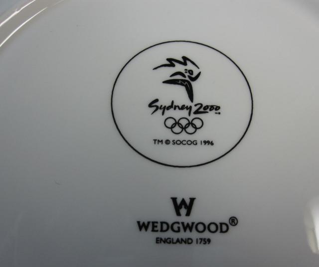 ウェッジウッド Wedgwood 記念プレート オリンピック2000年シドニー(ホワイト&カラー)【廃盤/新品】