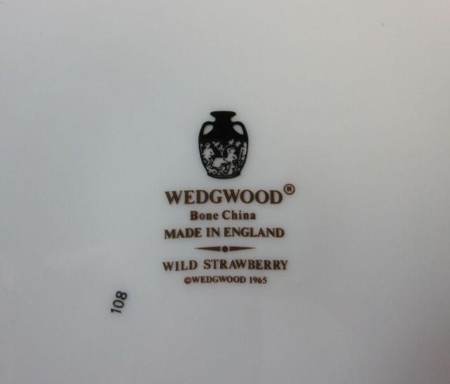 ウエッジウッド Wedgwood ワイルドストロベリー 34cm ラウンドディッシュ