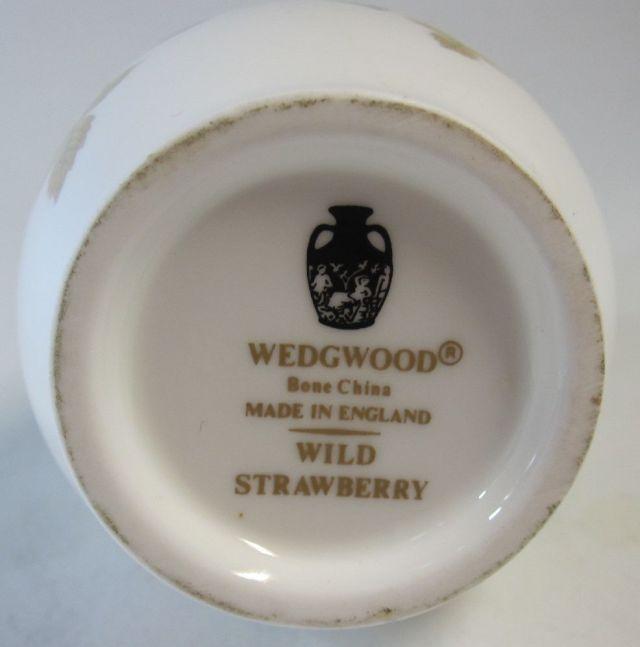 ウエッジウッド Wedgwood ワイルドストロベリー バドベース 一輪ざし 【ウェッジウッド廃盤品/個数限定】