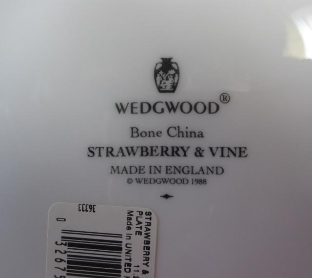 ウエッジウッドWedgwood  ストロベリー&バイン 28cmディナープレート  【個数限定】