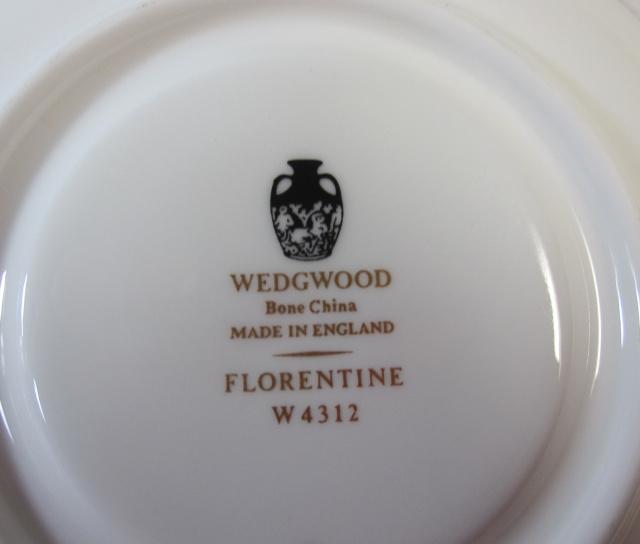 ウェッジウッド Wedgwood フロレンティーンブラック  カップ&ソーサー  ボンド【ウェッジウッド廃盤品/個数限定】